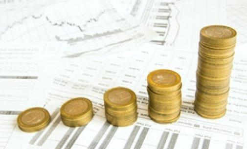 Jak sprawdzać ceny walut, by nie tracić na inwestycjach?